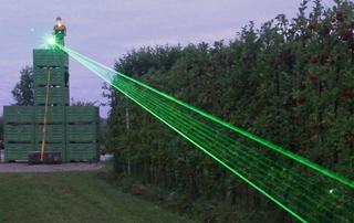 agrilaser automatische vogelverjaag laser fruitteelt